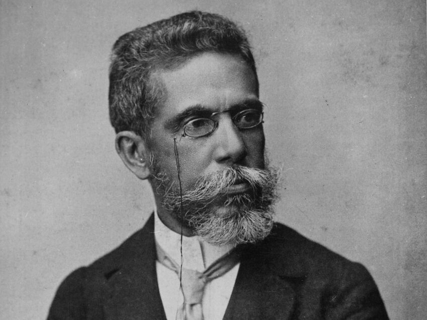 Black and white portrait of Machado de Assis