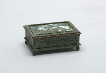 Decorative box. Louis Comfort Tiffany. Courtesy The Smithsonian.